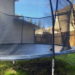 Trampoline for Sale in Renton,  WA