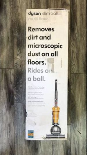 Dyson Ball Multi Floor 2 Bagless Upright Vacuum for Sale in Los Angeles, CA