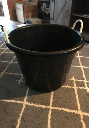 Black bucket for Sale in Lithia Springs, GA