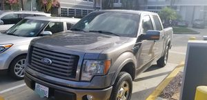 2010 Ford F150 Supercrew 4X2 for Sale in Bell Gardens, CA