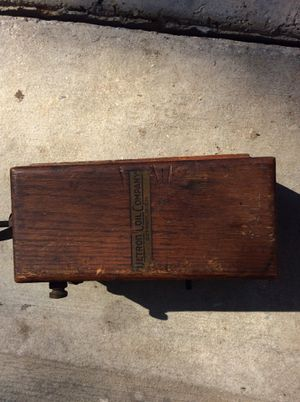 Antique model a detroit coil company coil for Sale in Saint Hedwig, TX