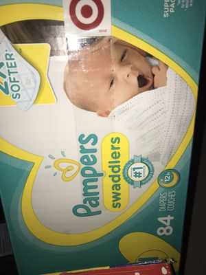 pampers newborn diapers 84 count for Sale in Chicago, IL