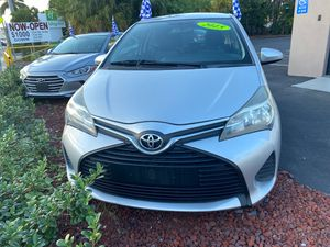 2015 Toyota Yaris, LE for Sale in Miami, FL