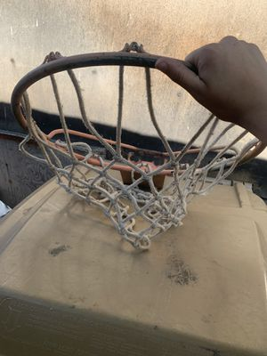 Basketball hoop for Sale in Hesperia, CA