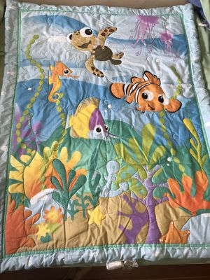 Finding nemo crib quilt 10$ for Sale in Woburn, MA