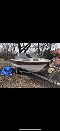 20 foot boat clean tittle for Sale in Ashburn,  VA
