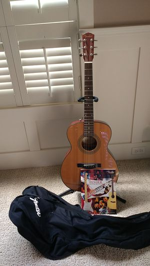 Fender accoustic guitar for Sale in Tualatin, OR