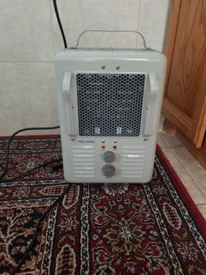 Pelonis mini heater for rooms, bathroom, kitchen for Sale in Queens, NY
