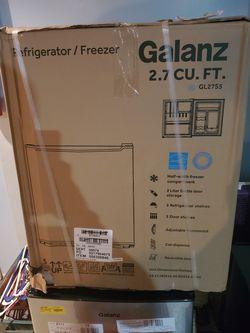 Galanz mini refrigerator for Sale in LAUREL PARK,  WV