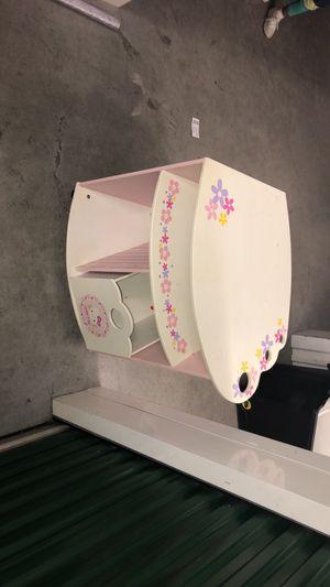 Hello Kitty TV Stand (Kids) for Sale in Norfolk, VA