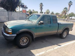 1998 ford ranger clean title 235,000 miles $1500 for Sale in Tracy, CA