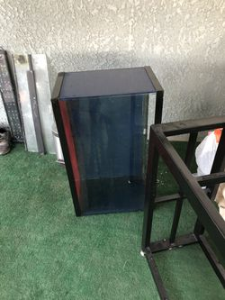 30 gallon aquarium for Sale in Fresno,  CA