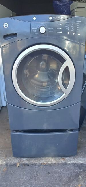 GE WASHER EXCELLENT CONDITION for Sale in Orlando, FL