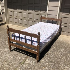 Wooden twin bed for Sale in Oregon City, OR