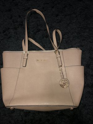 Michael Kors leather tote bag for Sale in Covina, CA
