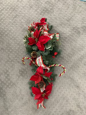 Christmas wall or door decoration for Sale in Fullerton, CA