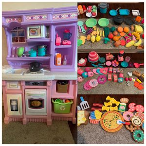 Step 2 kitchen plus tons of extras for Sale in Rowland Heights, CA