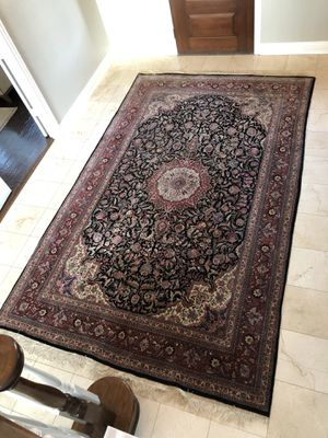 Handmade silk mixed large rug like new for Sale in Allen, TX