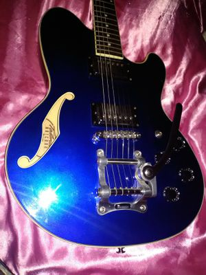 High end Ibanez 71 Artcore guitar mint 1950s tremlo 335 sound for Sale in Las Vegas, NV