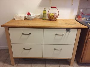 Kitchen Island for Sale in Jersey City, NJ
