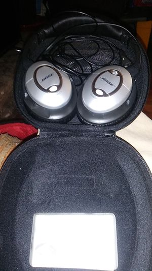 Bose QuietComfort 15 or trade for good Bluetooth speaker for Sale in Concord, CA