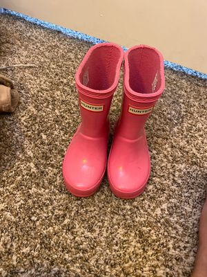 Hunter rain boots 6C for girl for Sale in Los Angeles, CA