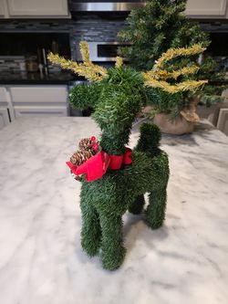 Reindeer Topiary for Sale in Henderson,  NV