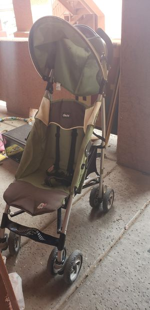 Chicco light weight stroller for Sale in Glendale, AZ