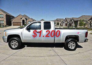 ✅✅I'm selling✅ 2011 Chevrolet Silverado !4WDWheelss!💲12OO for Sale in Fort Lauderdale, FL