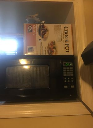 Brand new crock pot and gently used microwave for Sale in Philadelphia, PA