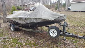Express x56 bass boat, 115 hp mercury for Sale in Bolivar, WV