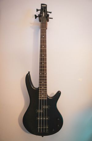 Ibanez GSRM20 Mikro Short-Scale Bass Guitar with Gig Bag and Tuner Black Rosewood for Sale in West Palm Beach, FL