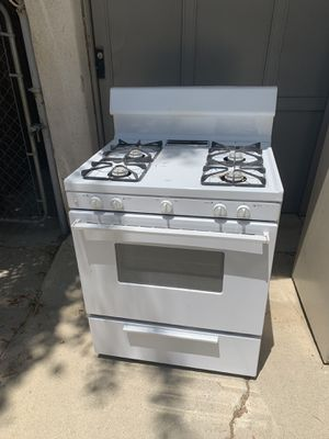 FREE GAS STOVE! for Sale in Los Angeles, CA