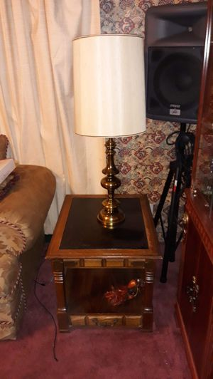 End tables and lamps for Sale in Wichita, KS