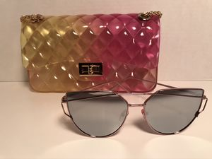 *Pink&Yellow Jelly Fashion Handbag /Free pair of fashion sunglasses * for Sale in St. Louis, MO