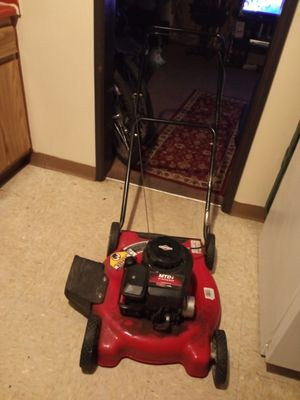Briggs Stratton lawn push mower for Sale in Akron, OH