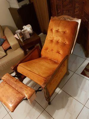 Burned Orange Antique French provincial furniture set for Sale in Alafaya, FL