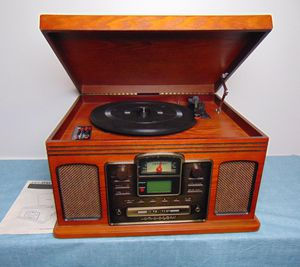 Crosley Vinyl Record, CD, Audio Cassette Player with Remote for Sale in Douglasville, GA