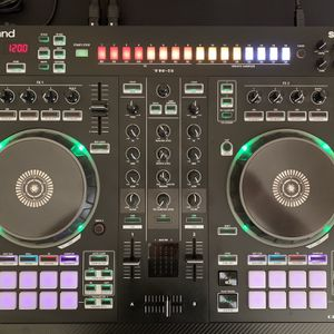 Roland DJ-505 Controller for Sale in Fort Lauderdale, FL