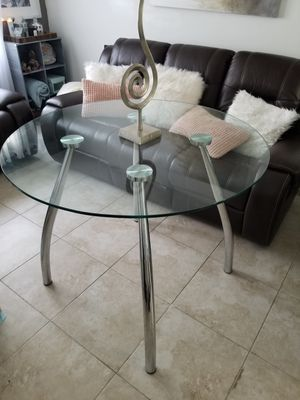 Glass dinning table for Sale in Miramar, FL