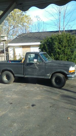 1993 Ford F150 single cab for Sale in Mount Morris, MI