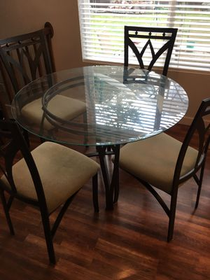 Glass kitchen table for Sale in Renton, WA