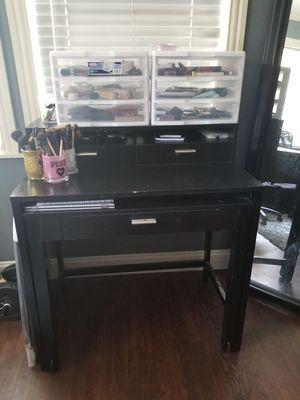BlACK Makeup/Computer Desk for Sale in Duncanville, TX