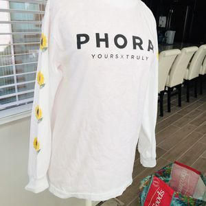 Phora (yours truly clothing ) for Sale in Jurupa Valley, CA