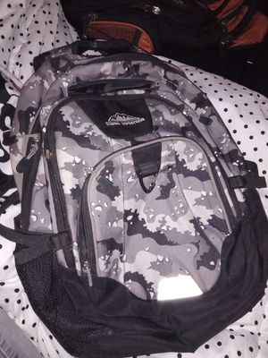 Sierra Expedition Pasco Grey Camo Laptop Backpack for Sale in St. Louis, MO