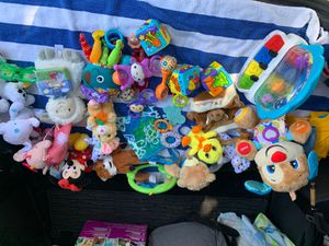 baby toys and stuffed Animals for Sale in Pompano Beach, FL
