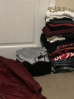 Clothing Lot 50+ Items Mens Levi's, H&M & More for Sale in Cary,  NC