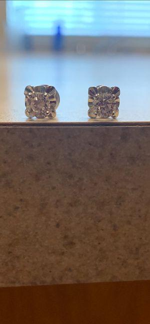 Diamond stud earrings Vs2's for Sale in Hemet, CA