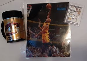 Labron James and Cavaliers Bundle for Sale in Ravenna, OH
