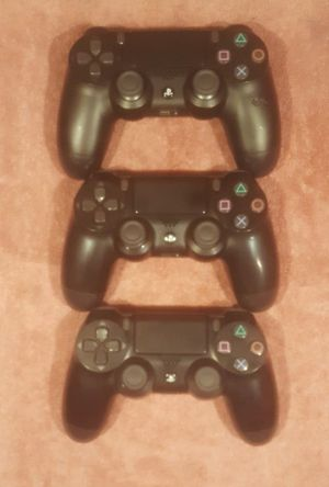 *GR8 GIFT IDEA*NICE WIRELESS SONY PS4 CONTROLLERS for Sale in Tucson, AZ